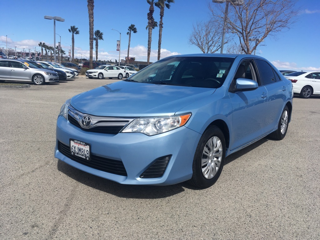 2012 toyota camry le maintenance required light